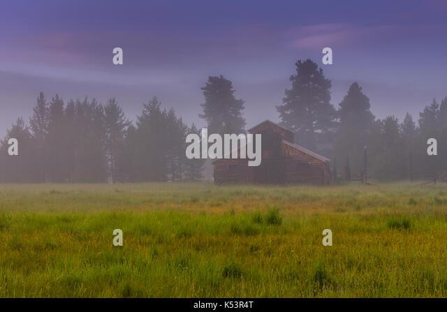 Old Barn in Kawuneeche Valley - Stock Image