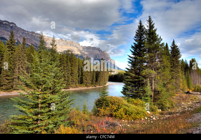 Bow River Valley, Banff National Park, Alberta, Canada - Stock Image