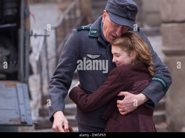 THE BOOK THIEF  2013 20th Century Fox film with Sophie Nelisse and Geoffrey Rush - Stock Image