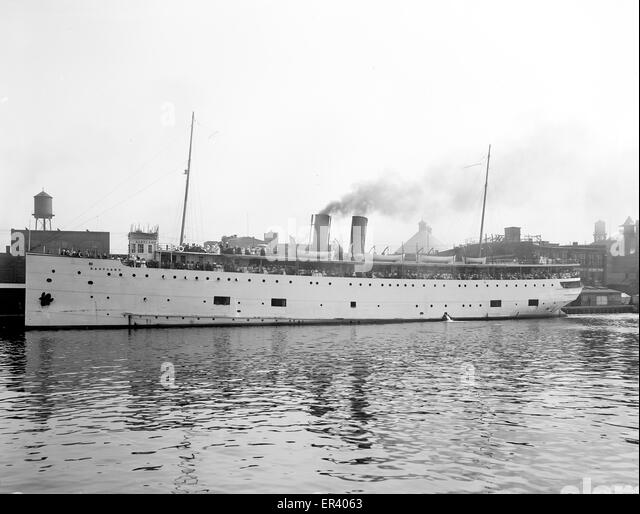 SS Eastland passenger ship - Stock-Bilder