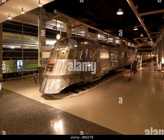 Foyer Museum Usa : Diesel locomotive interior stock photos