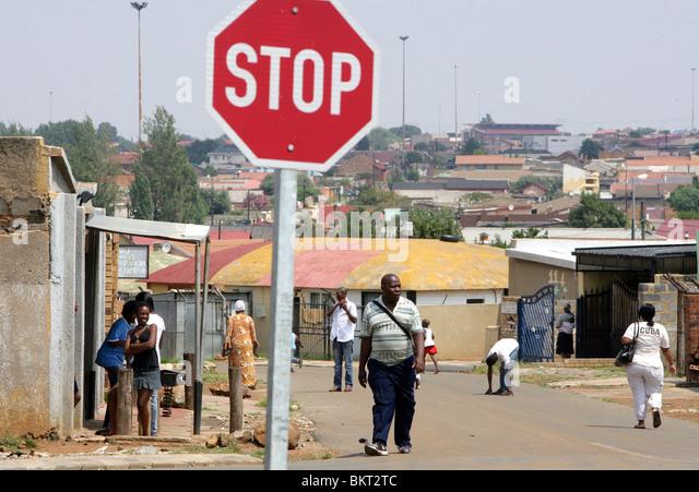Street in Township Soweto, Johannesburg, South Africa - Stock-Bilder