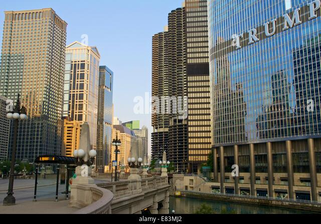 Wacker Drive, Chicago, summer morning. - Stock Image