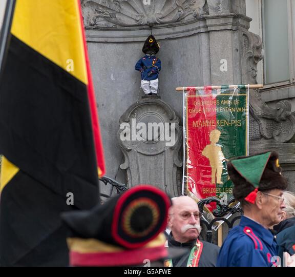 manneken pis dressed as belgian volunteer 1830 - Stock Image