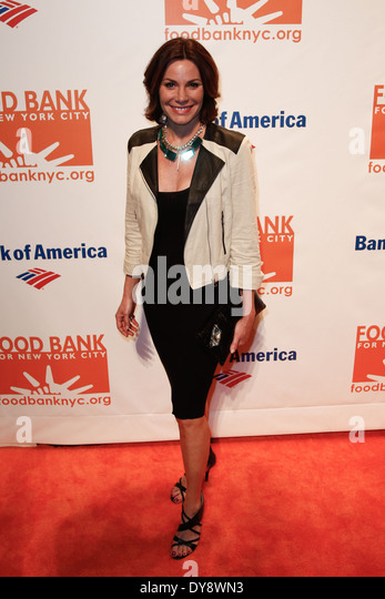 TV personality Countess LuAnn de Lesseps attends the Food Bank for New York City's Can Do Awards Dinner Gala - Stock Image