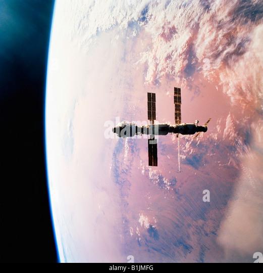 International Space Station in orbit around the Earth Above The Sahara Desert - Stock-Bilder