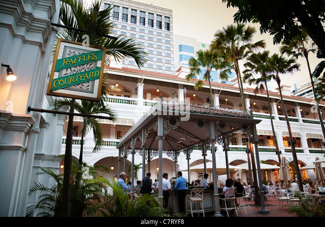 The Courtyard bar, Raffles hotel, Singapore - Stock Image