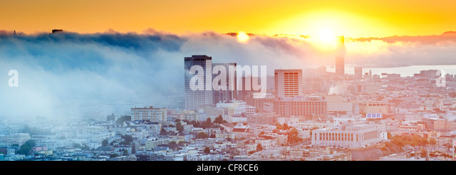 The foggy skyline of San Francisco, California, United States of America - Stock Image