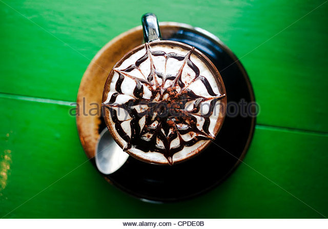 Decorative design in foam on latte - Stock Image