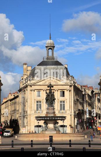 Place de la bourse stock photos place de la bourse stock for Miroir d eau nantes