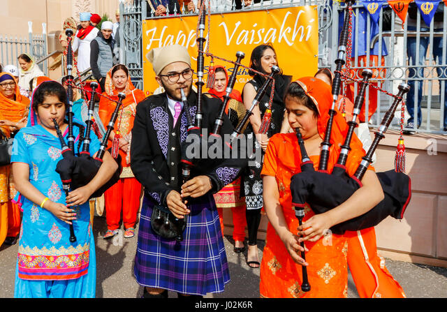 Glasgow, Scotland, UK. 9th April, 2017. More than 1000 members of Scotland's Sikh community met in Glasgow to - Stock Image