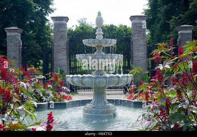 Burlington ontario stock photos burlington ontario stock for The gardener burlington