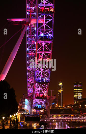 United Kingdom, England, London, London Eye with Vauxhall Tower and Millbank Tower in background - Stock Image
