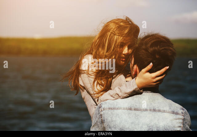 couple at the shore - Stock-Bilder