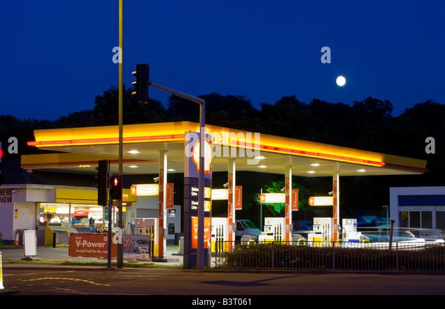 Petrol station uk stock photos petrol station uk stock images alamy - Esso garage opening times ...