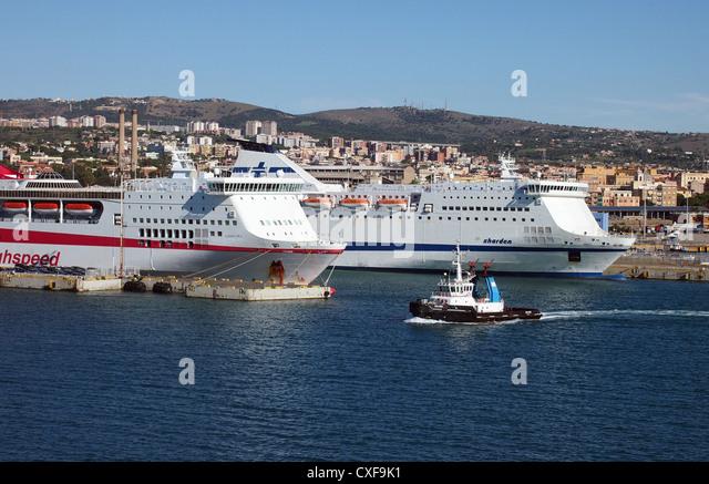 Rome harbour stock photos rome harbour stock images alamy - Rome civitavecchia italy cruise port ...
