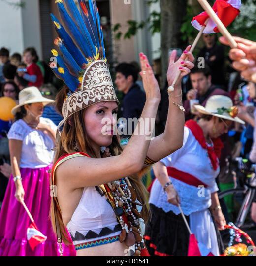 Kreuzberg, Berlin, Germany, 24th May 2015. Berlin celebrates its cultural diversity at  the Carnival of Cultures - Stock-Bilder