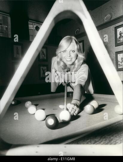 Dec. 12, 1977 - Miss Great Britain Dinah May To Take [art In The First World Eight=-Ball Championships: More than - Stock Image