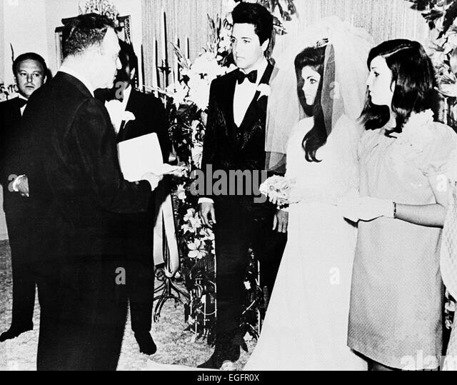 LAS VEGAS, NV - NOVEMBER 10 – Elvis and Priscilla Presley Wedding at the Aladdin Hotel, Las Vegas, Nevada, on November - Stock Image