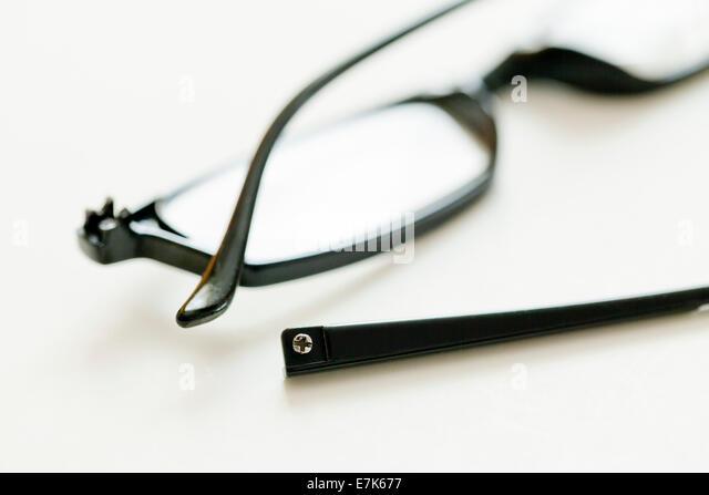 Eyeglass Frames Glastonbury Ct : Broken Spectacles Stock Photos & Broken Spectacles Stock ...