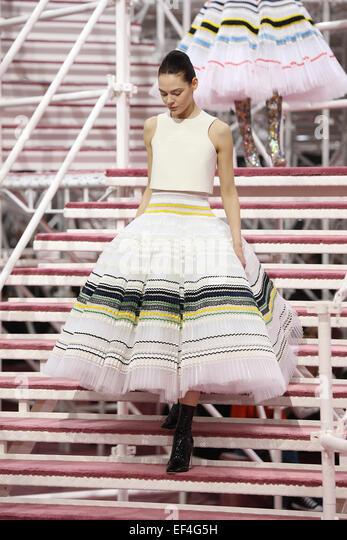Dior Catwalk Stock Photos & Dior Catwalk Stock Images