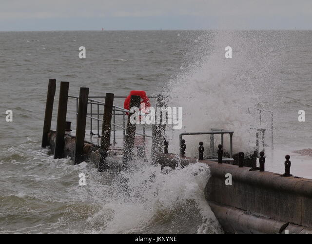Sheerness, UK. 24 July, 2017. UK weather: windy in Sheerness. A fresh northwesterly force 6-7 wind whipped up the - Stock Image