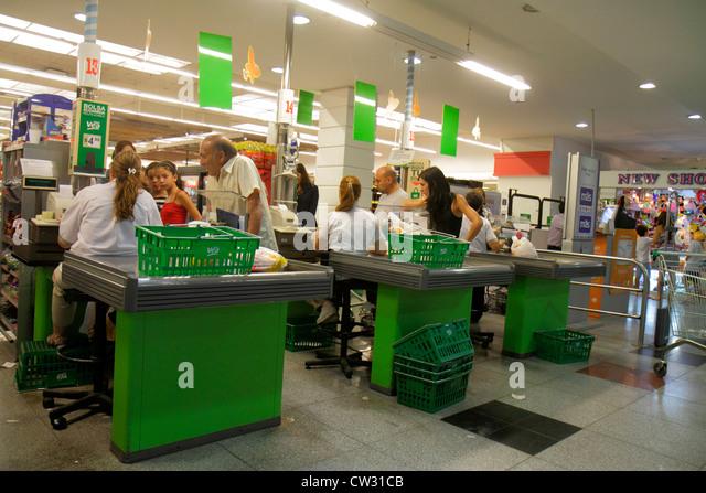 Mendoza Argentina Villa Nueva Mendoza Plaza Shopping grocery store supermarket business shopping checkout line cashier - Stock Image