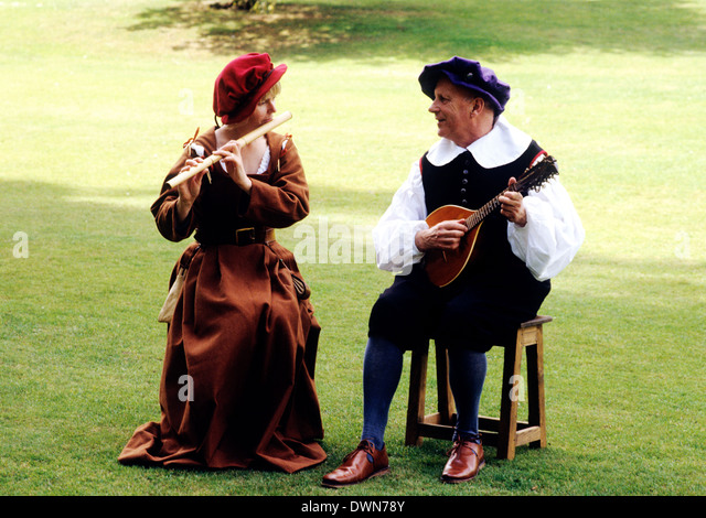 Stuart Period Musicians, early 17th Century, historical re-enactment music musical instrument instruments fashion - Stock Image