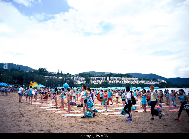 vacations of hong kong people Asian discovery tour40's - 50's and 60's singles vacations singapore - hong kong + taiwain option june 14 - june 23, 2019$2995 are you ready for fun  singapore to hong kong singles vacation with group of single people who like to travel.