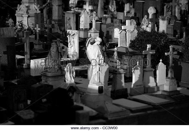 Cemetery statues - Stock-Bilder