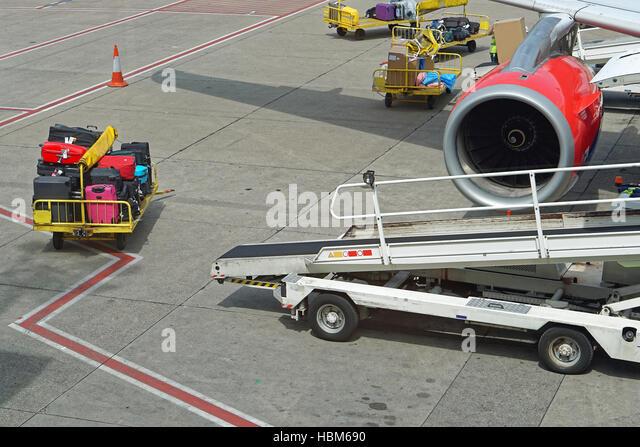 Baggage handling - Stock Image