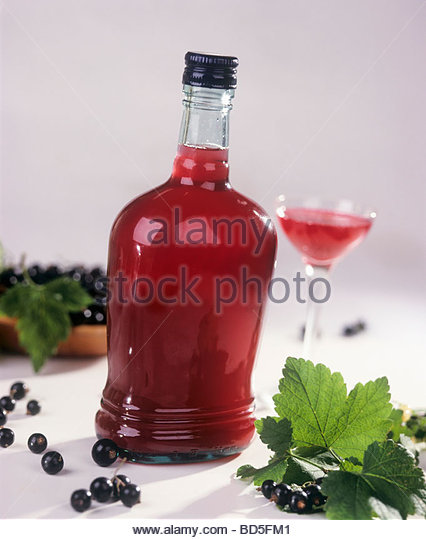 how to make blackcurrant liqueur