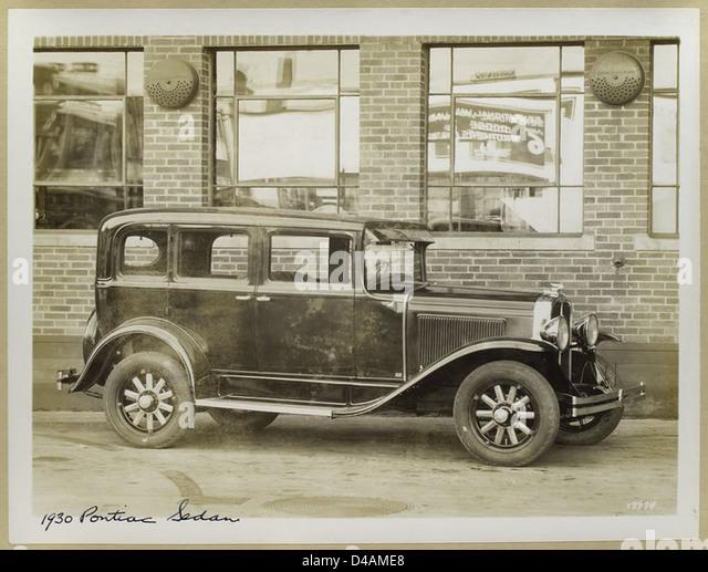 Generalmotorscorporation stock photos for 1930 pontiac 4 door sedan
