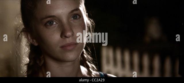 AMANDA BAUER THE MYTH OF THE AMERICAN SLEEPOVER (2010) - Stock Image