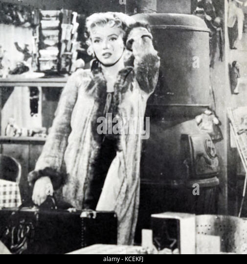 Photograph of Marilyn Monroe (1926-1962) an American actress, singer and model, during the filming of Bus Stop. - Stock Image