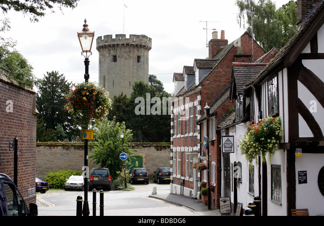 Castle Lane in Warwick showing Warwick Castle in the background - Stock Image