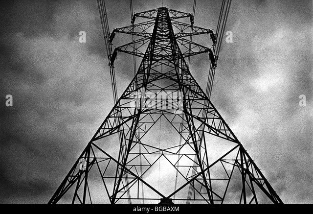 Photograph of pylons energy supply  national grid electricity  UK - Stock-Bilder