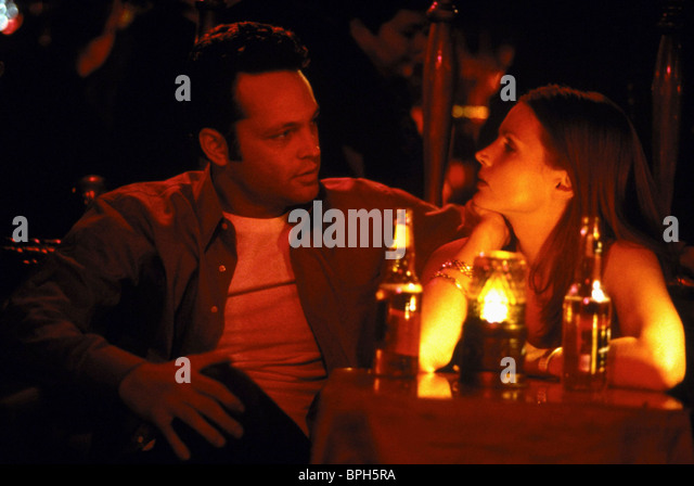 VINCE VAUGHN & JULIA ORMOND THE PRIME GIG (2000) - Stock Image
