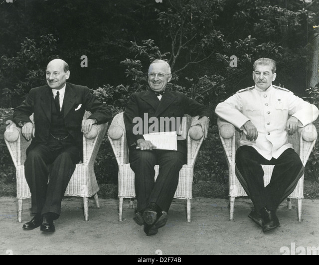 POTSDAM CONFERENCE July-August 1945. From left: Clement Attlee, Harry Truman, Joseph Stalin - Stock Image