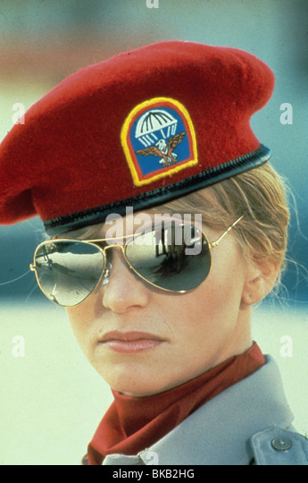 PRIVATE BENJAMIN (1980) GOLDIE HAWN PBJ 034 - Stock Image