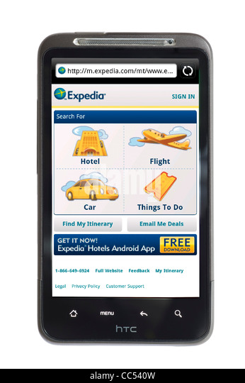 The Expedia travel website on an HTC smartphone - Stock-Bilder