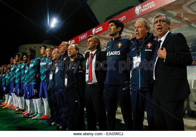 Algarve, Portugal. 14th November, 2014. PORTUGAL, Faro: Portugal's head coach Fernando Santos before the UEFA - Stock Image