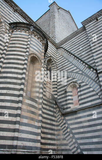 Italy, Umbria, Orvieto. The Cathedral of Orvieto or Duomo. 13th century Gothic masterpiece, one of the best Gothic - Stock-Bilder