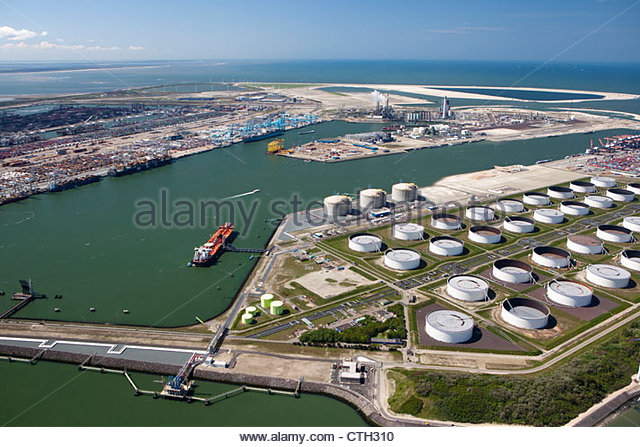 The Netherlands, Rotterdam, Factory, LNG, storage. Aerial. - Stock Image