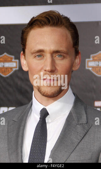 Tom Hiddleston at the Los Angeles Premiere of 'Marvel's The Avengers' held at the El Capitan Theater, - Stock-Bilder