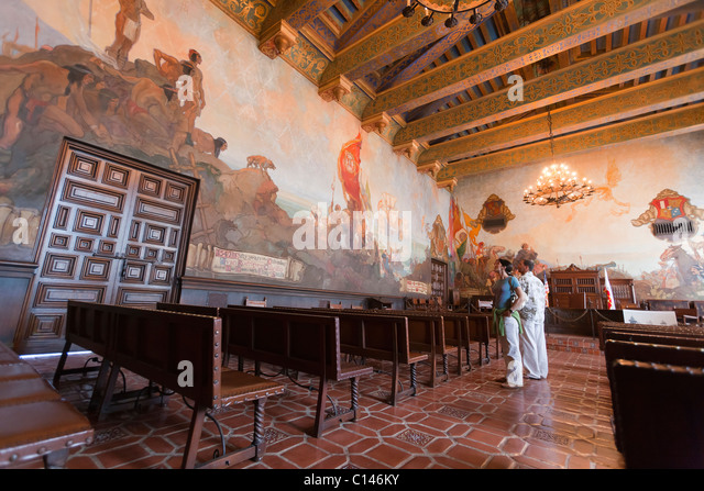 Man court room stock photos man court room stock images alamy for Mural room santa barbara