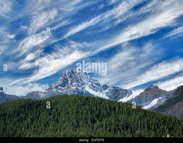 Waterfall Lakes and House Peake with snow and clouds. . Banff National Park. Alberta, Canada - Stock Image