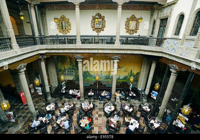 Sanborns department stock photos sanborns department for Restaurant los azulejos df