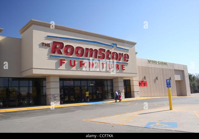 Fairfax Furniture Store Closing