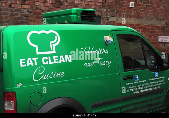 Eat Clean Craze Cafe,Warrington,Cheshire,England,UK - Eat Clean Cuisine Latchford - Green delivery van - Stock Image